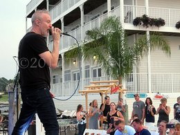 Jams and jokes –The Spin Doctors 'Rock the Dock'